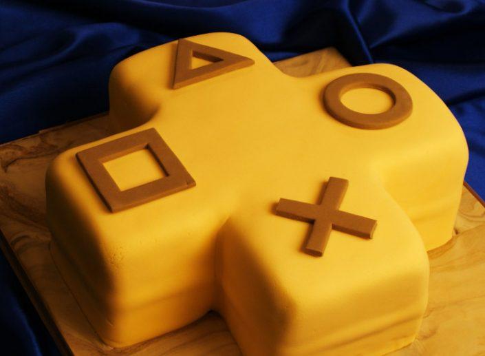 """PS Plus: PS4-Theme """"10th Anniversary"""" zum Download und Free Weekend angekündigt"""