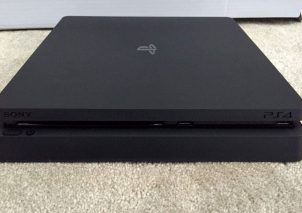 PS4 Slim Leak 3