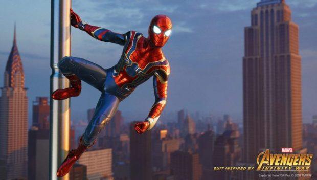 Spider-Man Iron Spider Suit (2)